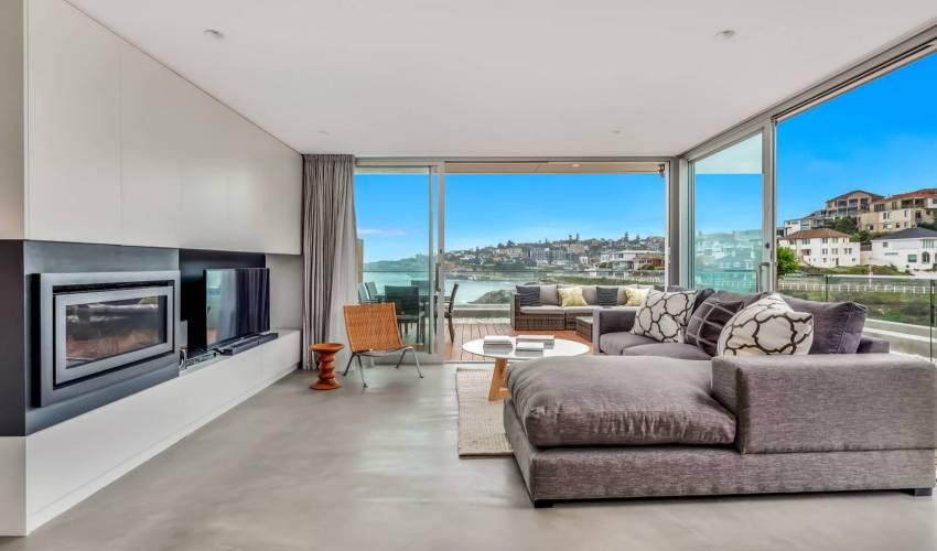 Villa 5890 in Australia Main Image