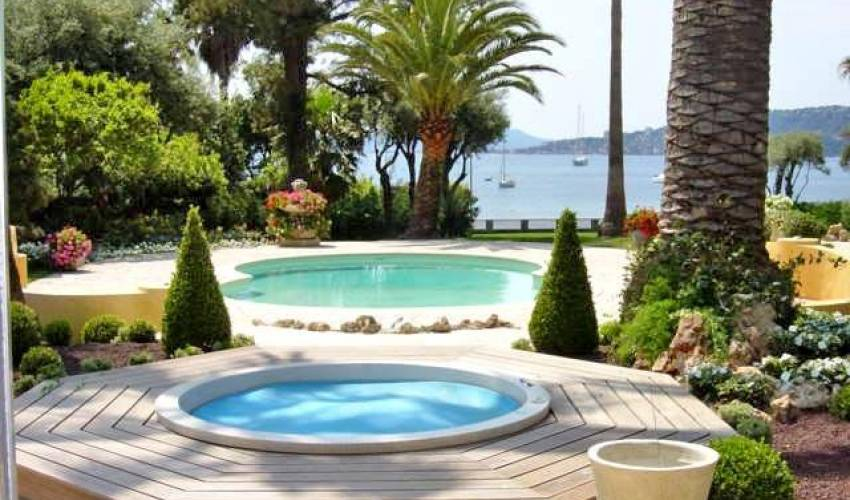 Villa 1055 in France Main Image