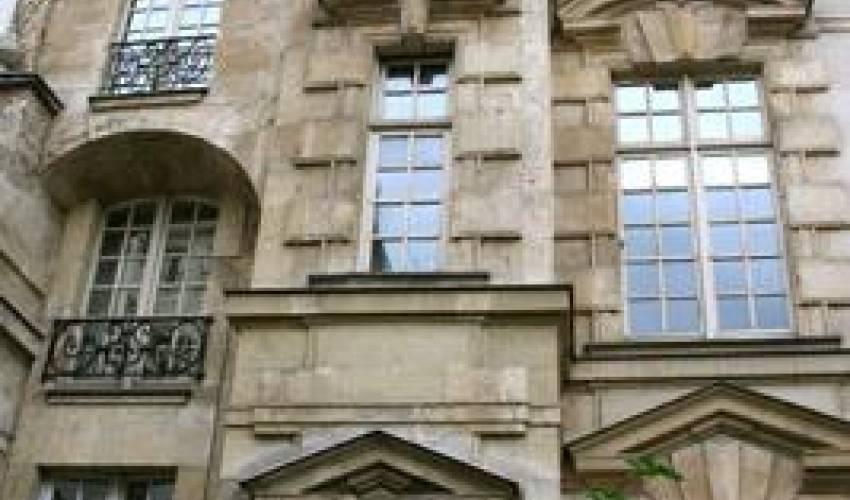 Villa 1803 in France Main Image