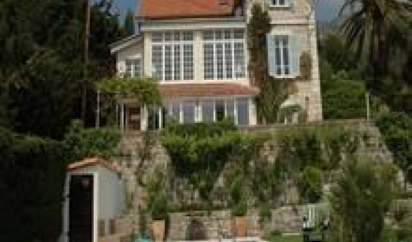 Villa 1810 in France Main Image