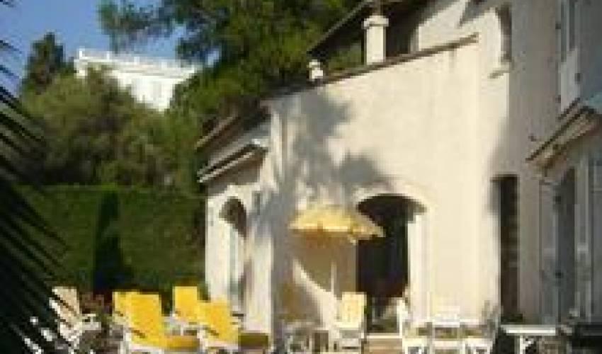 Villa 1812 in France Main Image