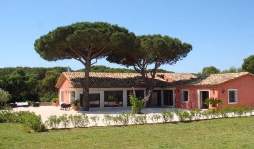 Villa 1817 in France Main Image