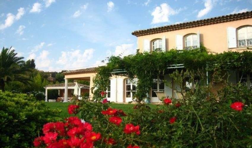 Villa 1829 in France Main Image