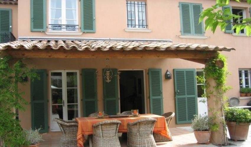 Villa 1836 in France Main Image