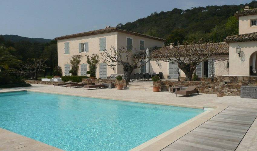 Villa 1841 in France Main Image