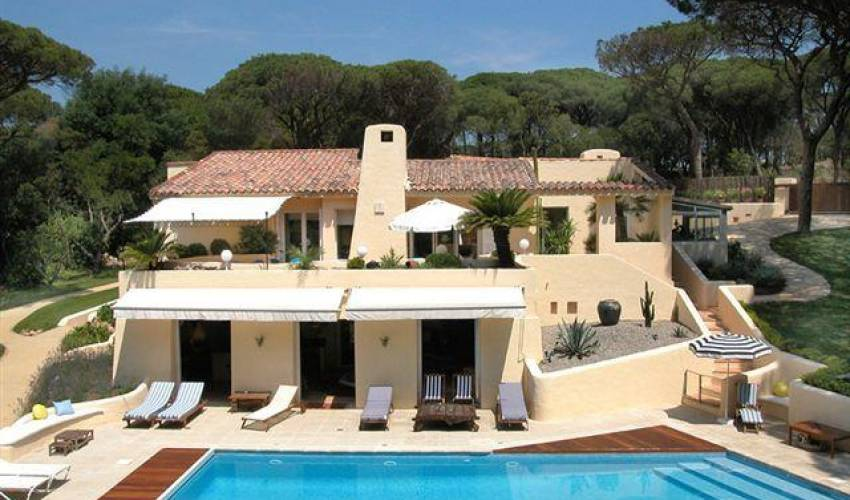 Villa 1842 in France Main Image