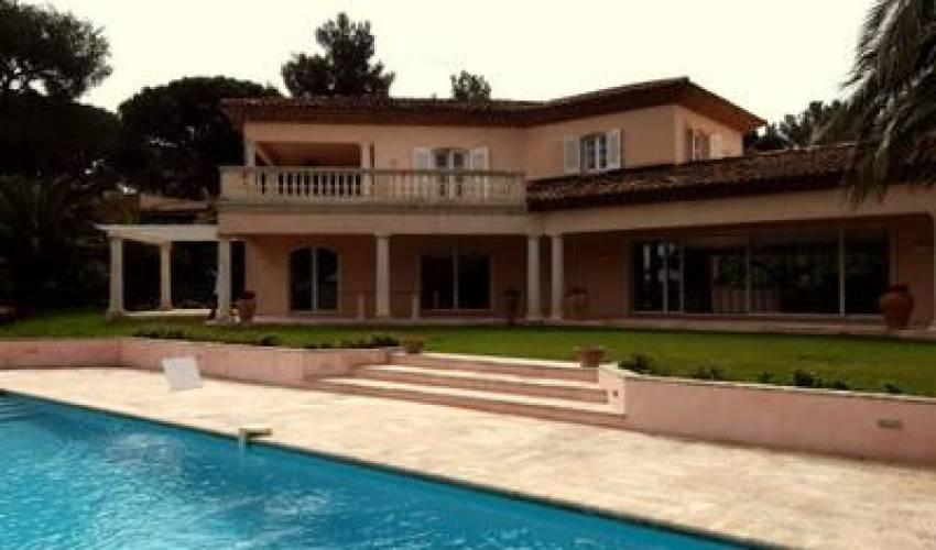 Villa 1852 in France Main Image