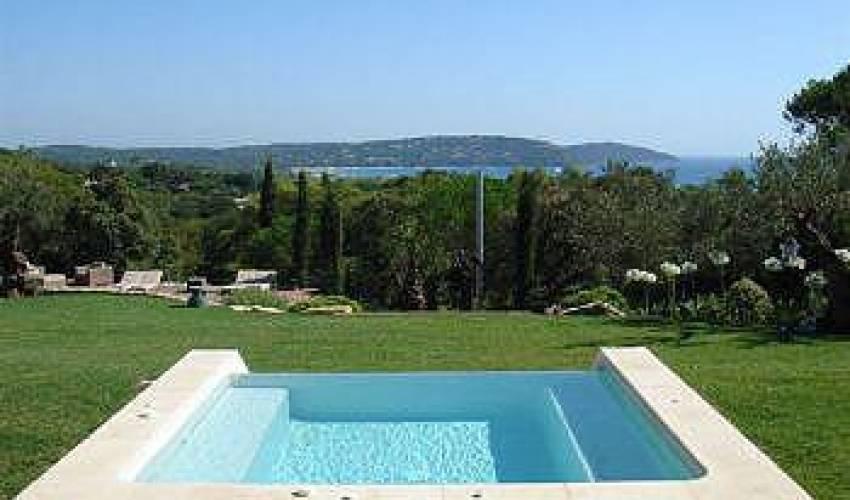 Villa 1854 in France Main Image