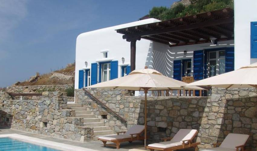Villa 1412 in Greece Main Image