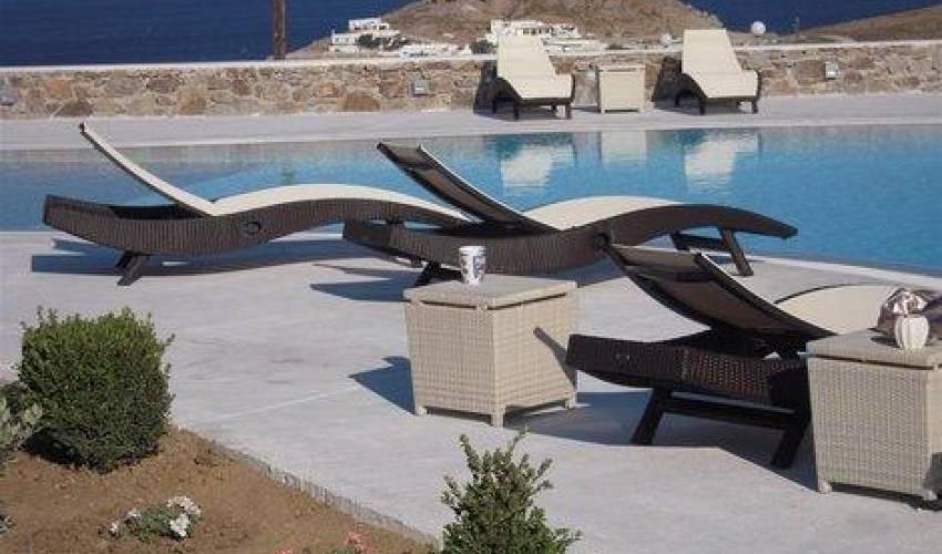 Villa 1415 in Greece Main Image