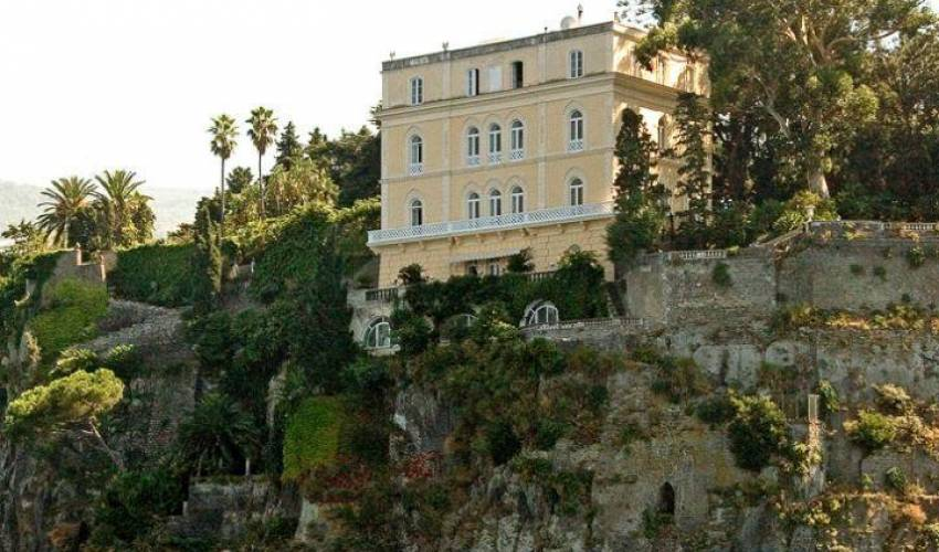 Villa 949 in Italy Main Image