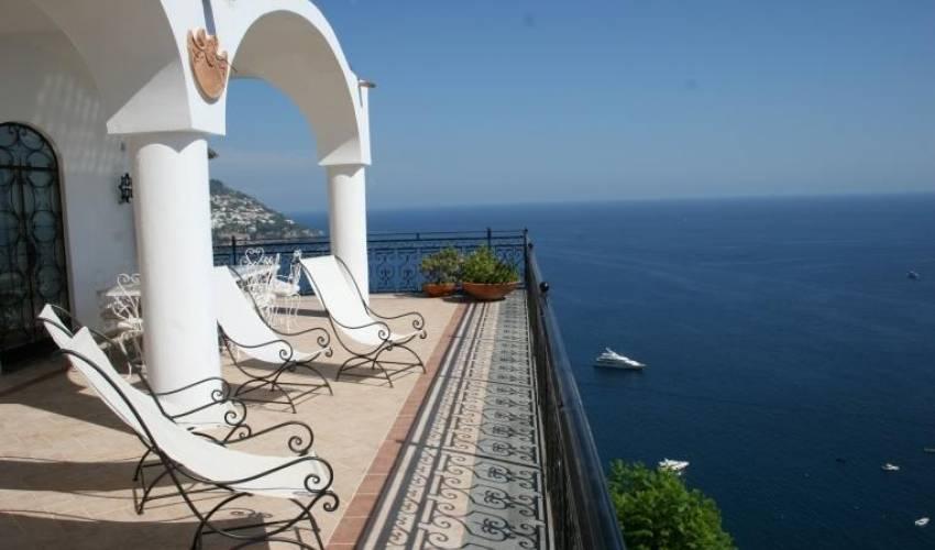 Villa 972 in Italy Main Image
