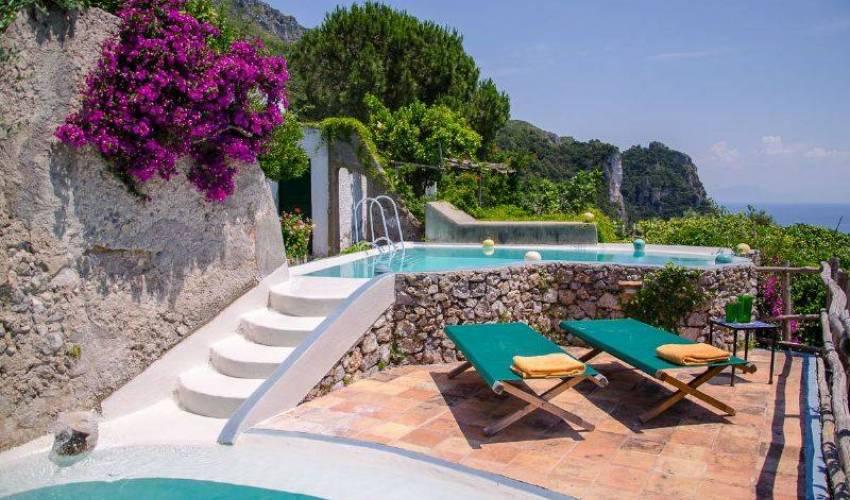 Villa 9121 in Italy Main Image