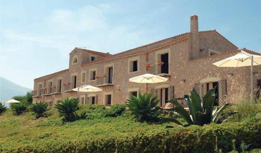 Villa 987 in Italy Main Image