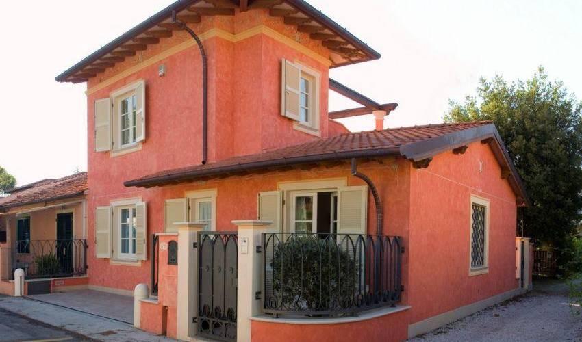 Villa 988 in Italy Main Image
