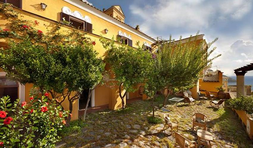 Villa 9127 in Italy Main Image