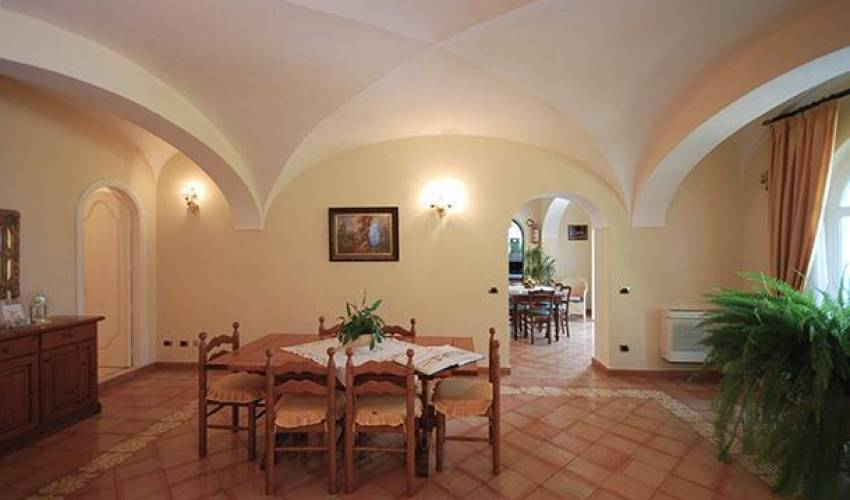 Villa 9139 in Italy Main Image