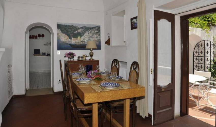 Villa 9140 in Italy Main Image