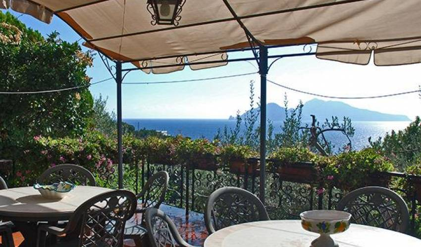Villa 9159 in Italy Main Image