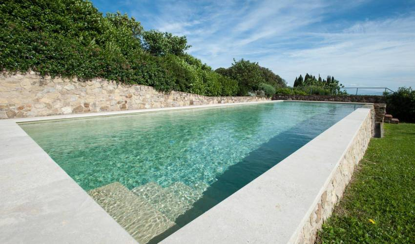 Villa 9186 in Italy Main Image