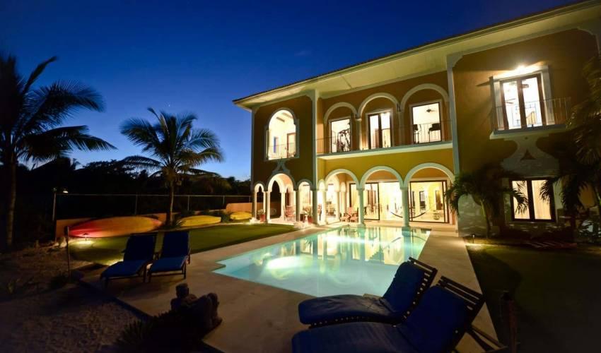 Villa 1550 in Mexico Main Image