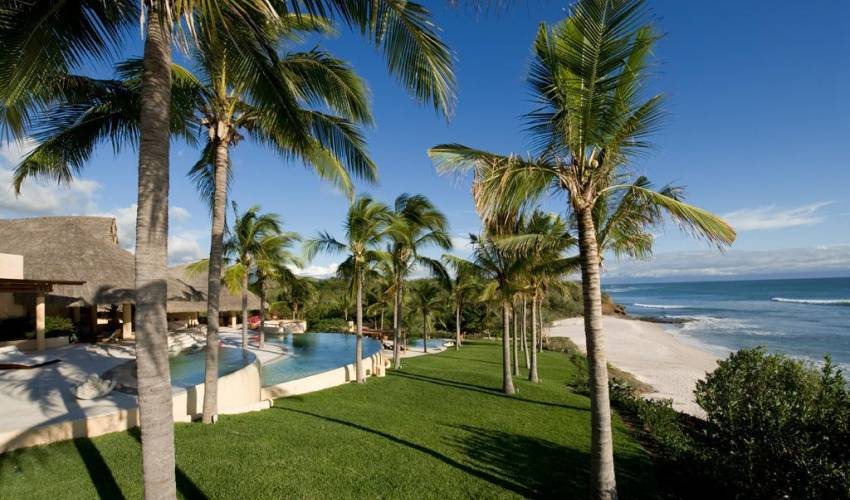 Villa 1512 in Mexico Main Image