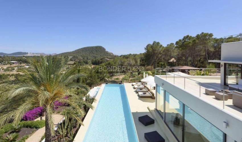 Villa 1163 in Spain Main Image