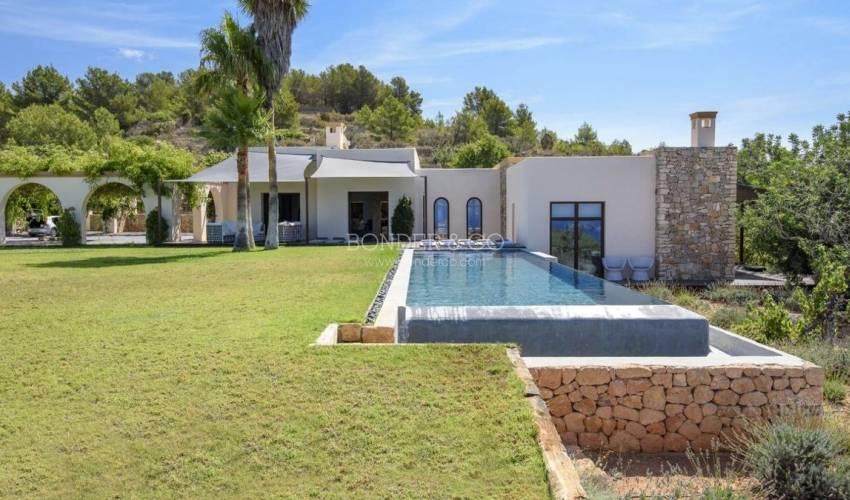 Villa 1164 in Spain Main Image
