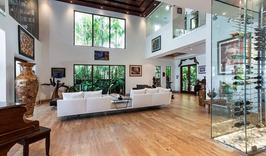 Villa 12000 in USA Main Image