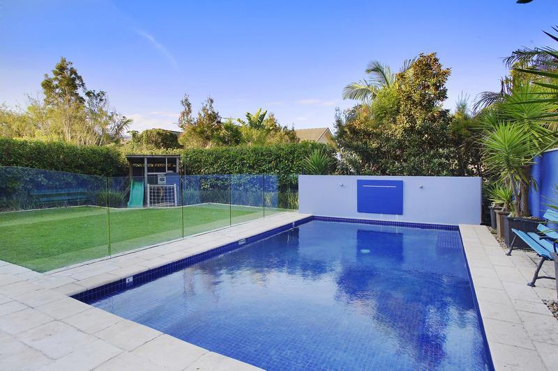 Sydney Villa 5178