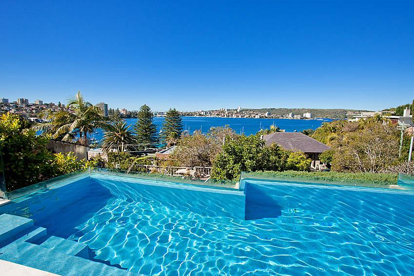 Sydney Villa 5228