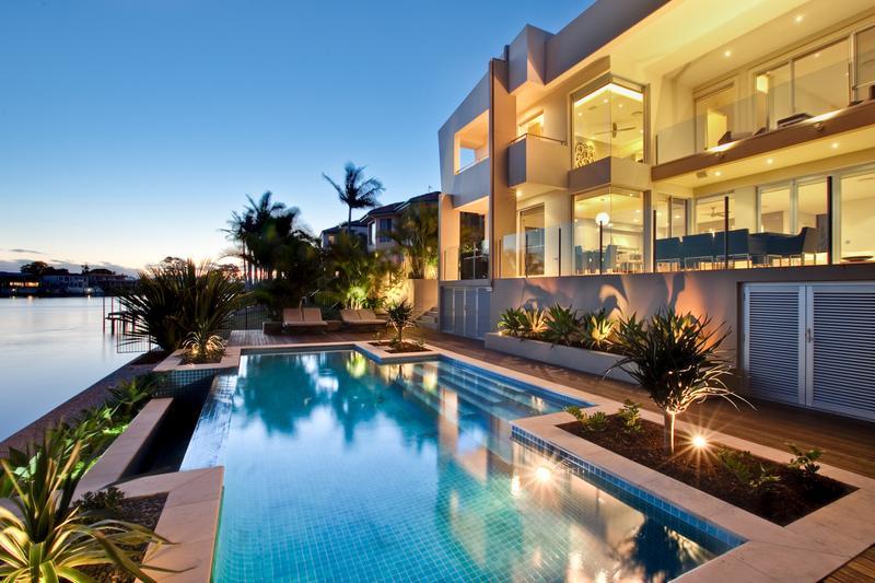 Queensland Villa 5241