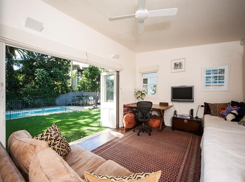 Sydney Villa 5277