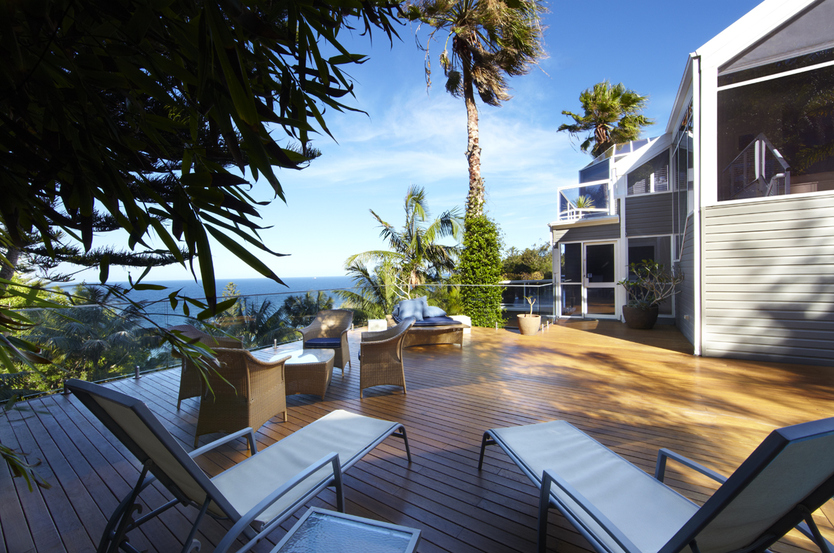 5 Bedrooms Holiday House In Sydney North Whale Beach