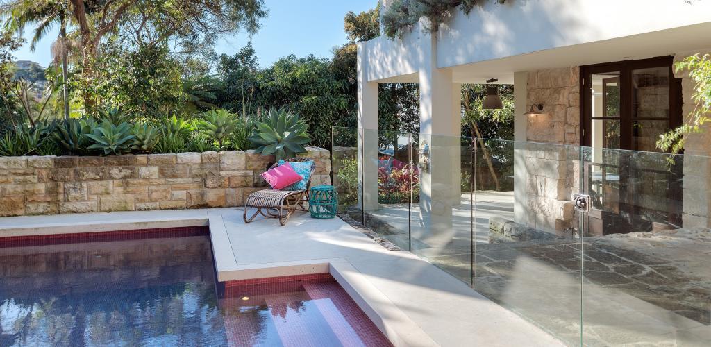 Sydney Villa 5401