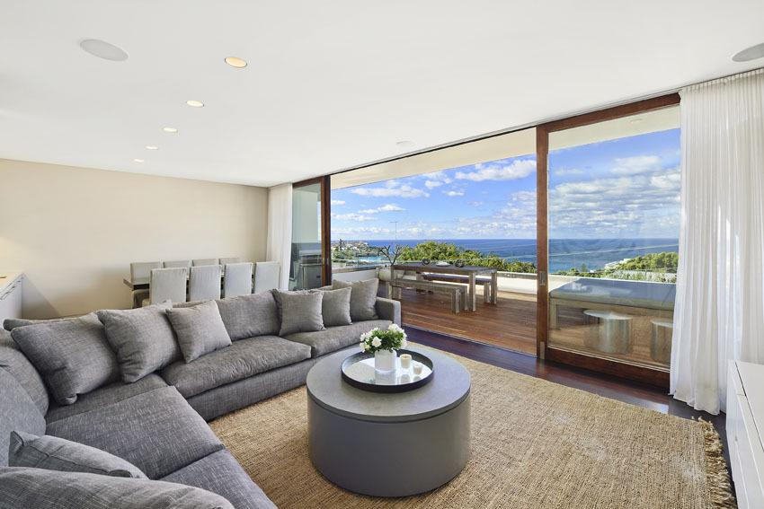 Sydney Villa 5322