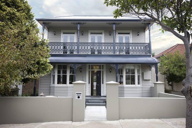 Sydney Villa 5547