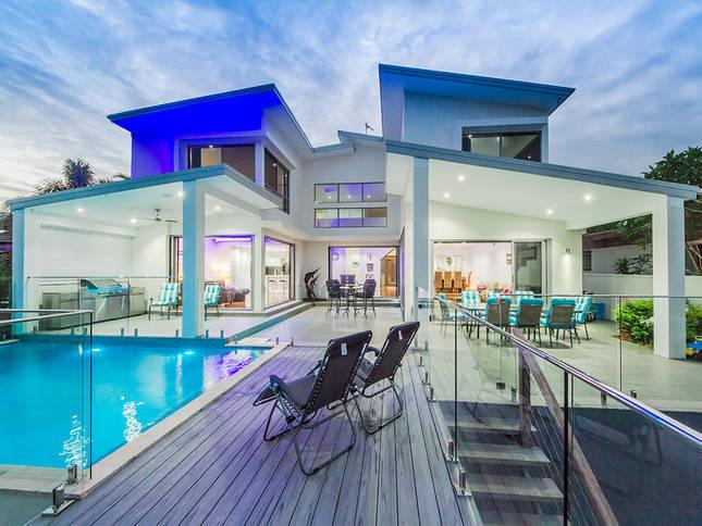 Gold Coast Villa 5585