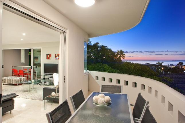 Queensland Villa 5600