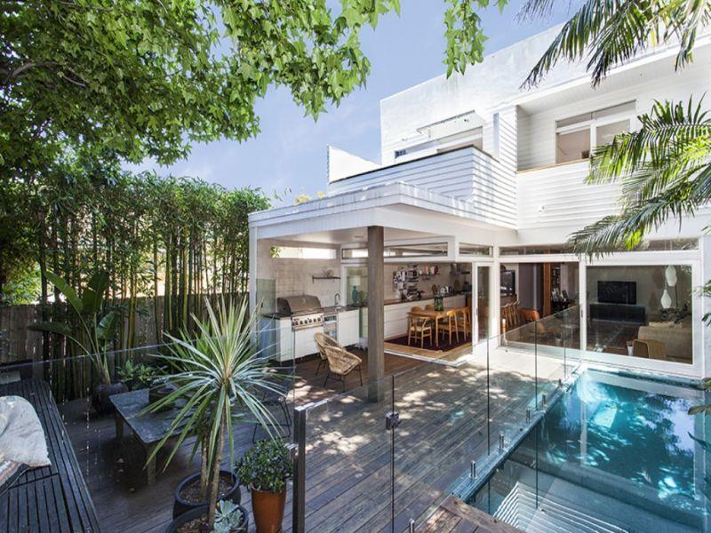 Sydney Villa 5595