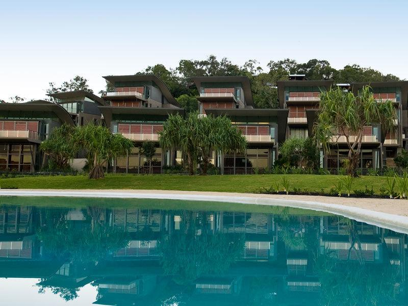 Hamilton Island Yacht Club Villa 4 Bedroom Luxury Villa