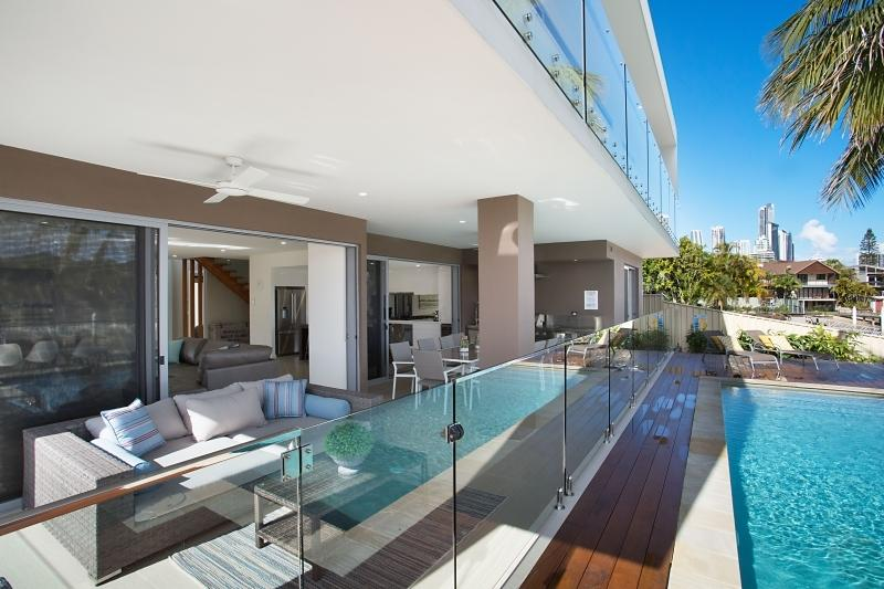Gold Coast Villa 5634
