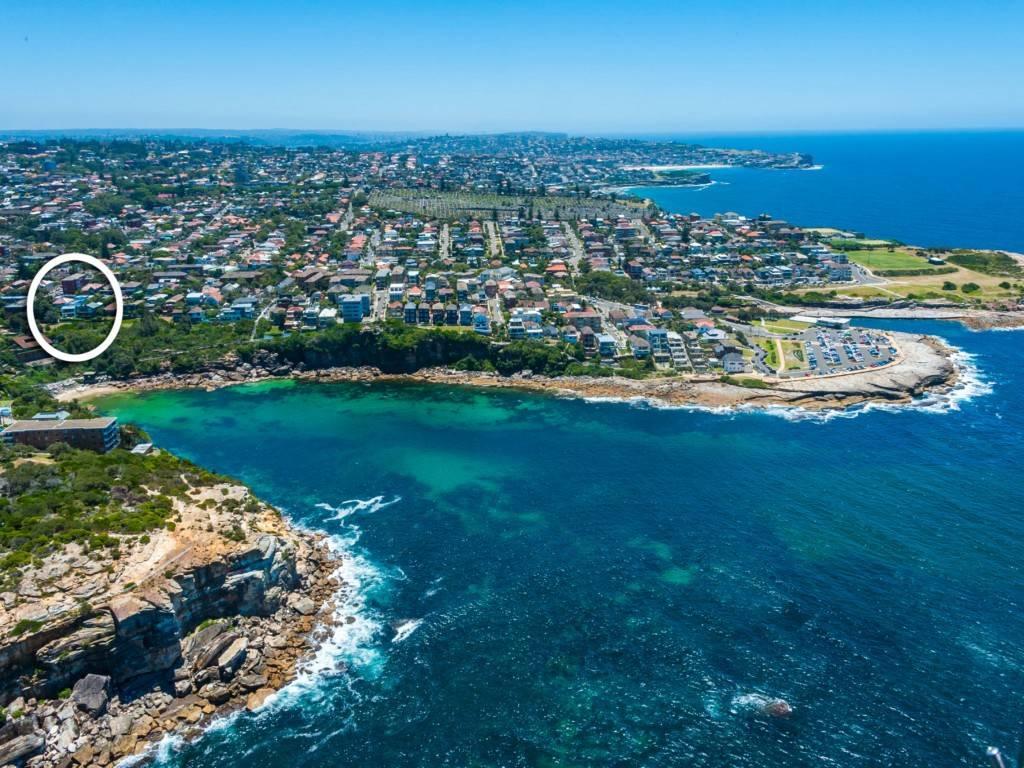 Sydney Villa 5678