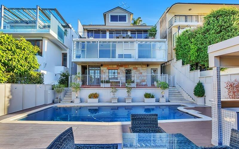 Sydney Villa 5689