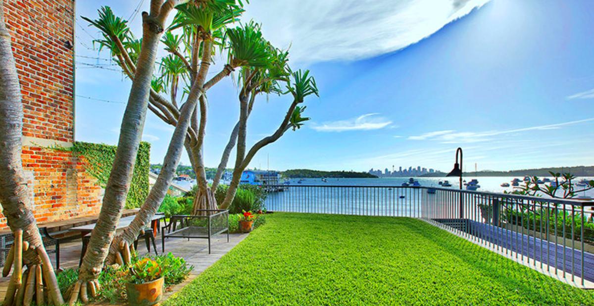 Sydney Villa 5807