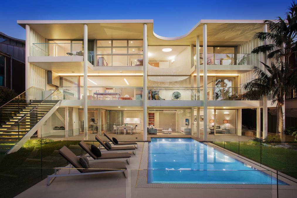 Sydney Villa 5828