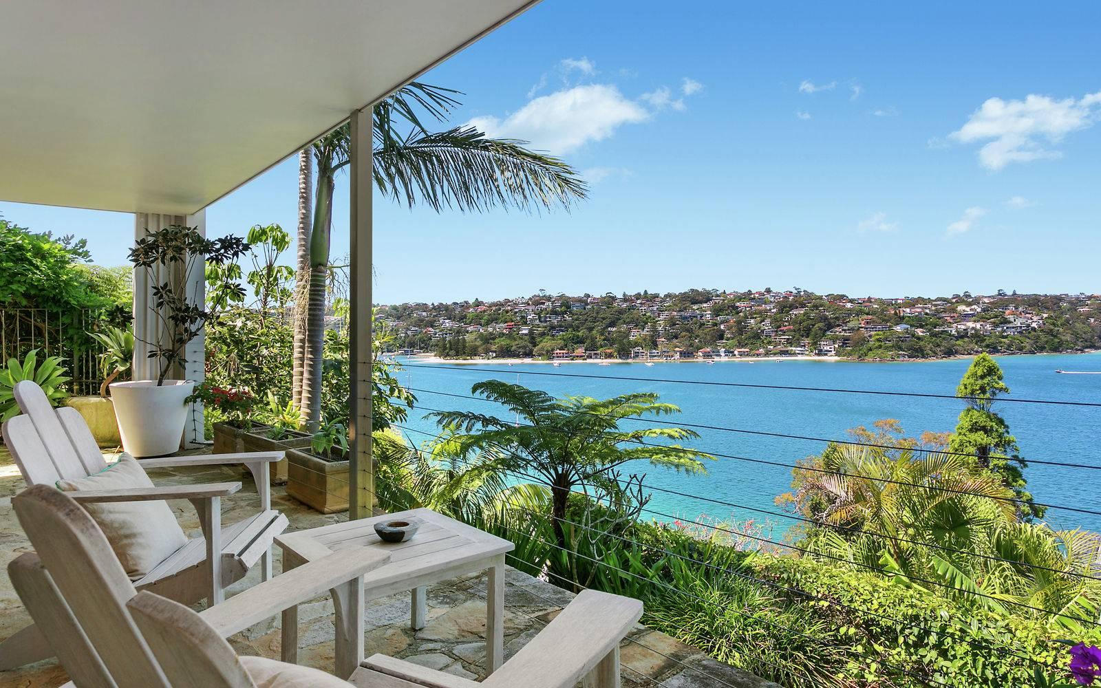 Sydney Villa 5842