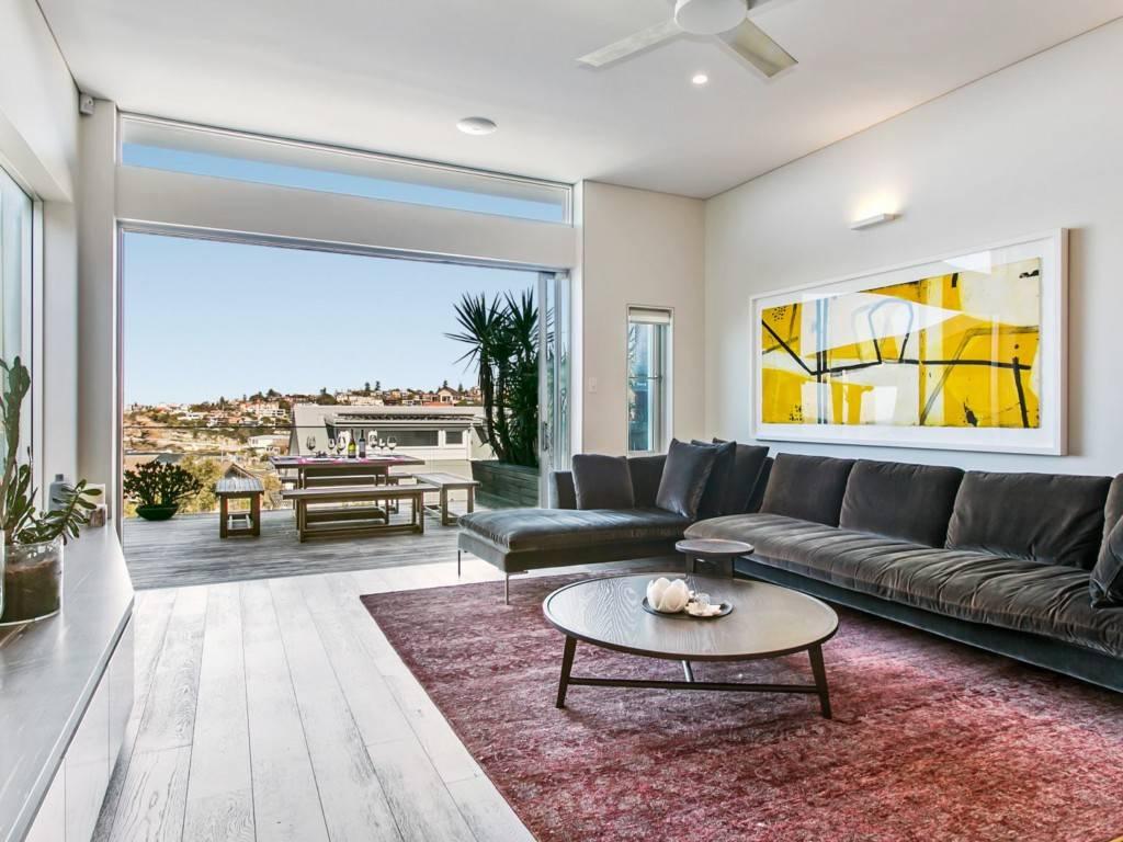 Sydney Villa 5881