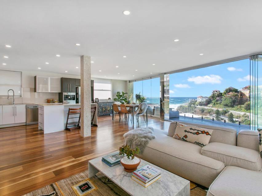 Sydney Villa 5888