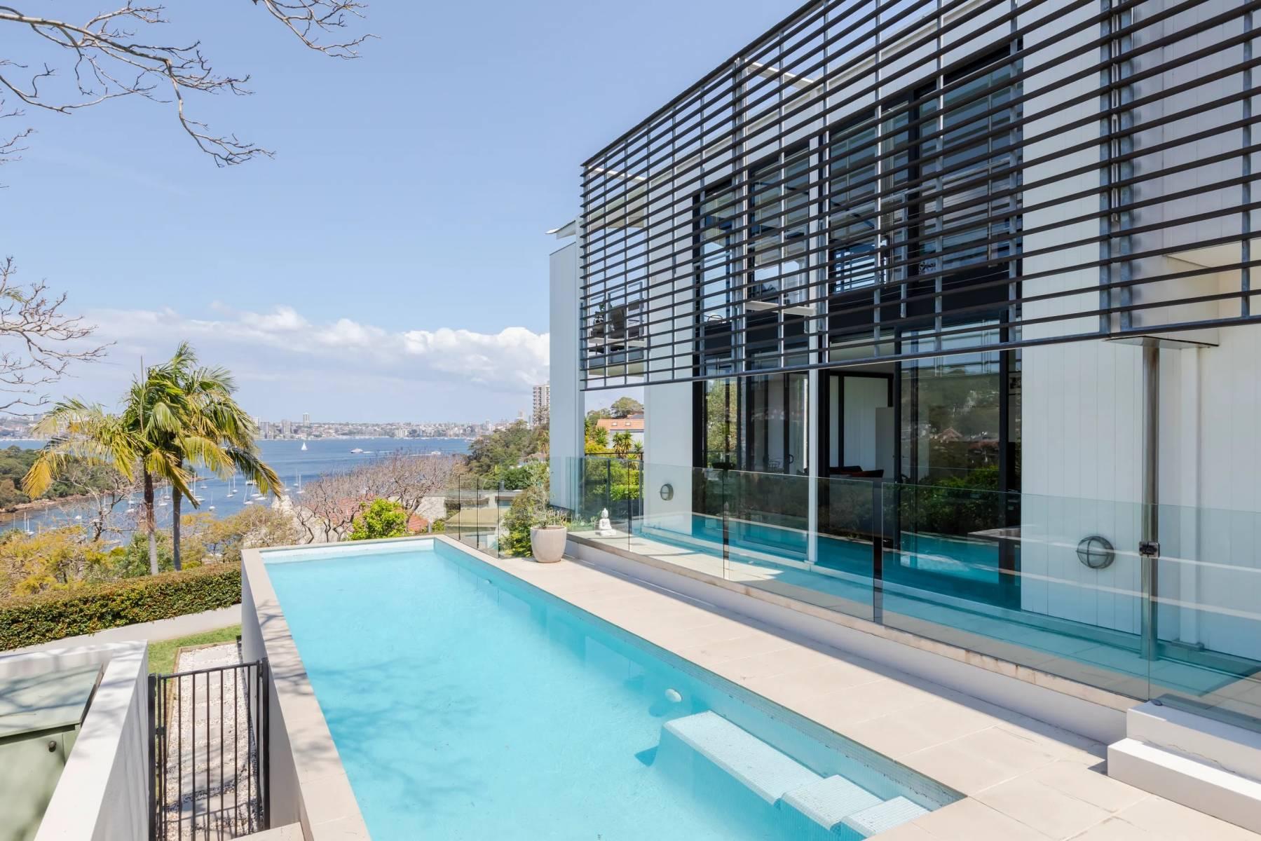 Sydney Villa 5983